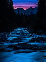 Maligne River,Jasper National Park,Maligne River,Canada,Tripod