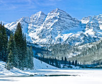 Rocky Mountain Valley,Aspen,Colorado,Marroon Bells,Winter,horizontal,mountains,Rocky,Valley, Snowmass, Winter,Tourist,Air,Snow