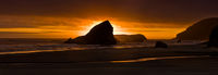 Maiden's Head in Gold,Pistol,River State Park, Oregon,warm,glow,water,panoramic
