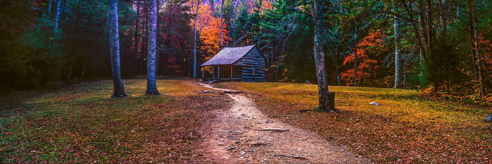 Hideaway Cabin,Smoky, Mountains National Park, Tennesse,wood, horizontal,panoramic,landscape,green, photo