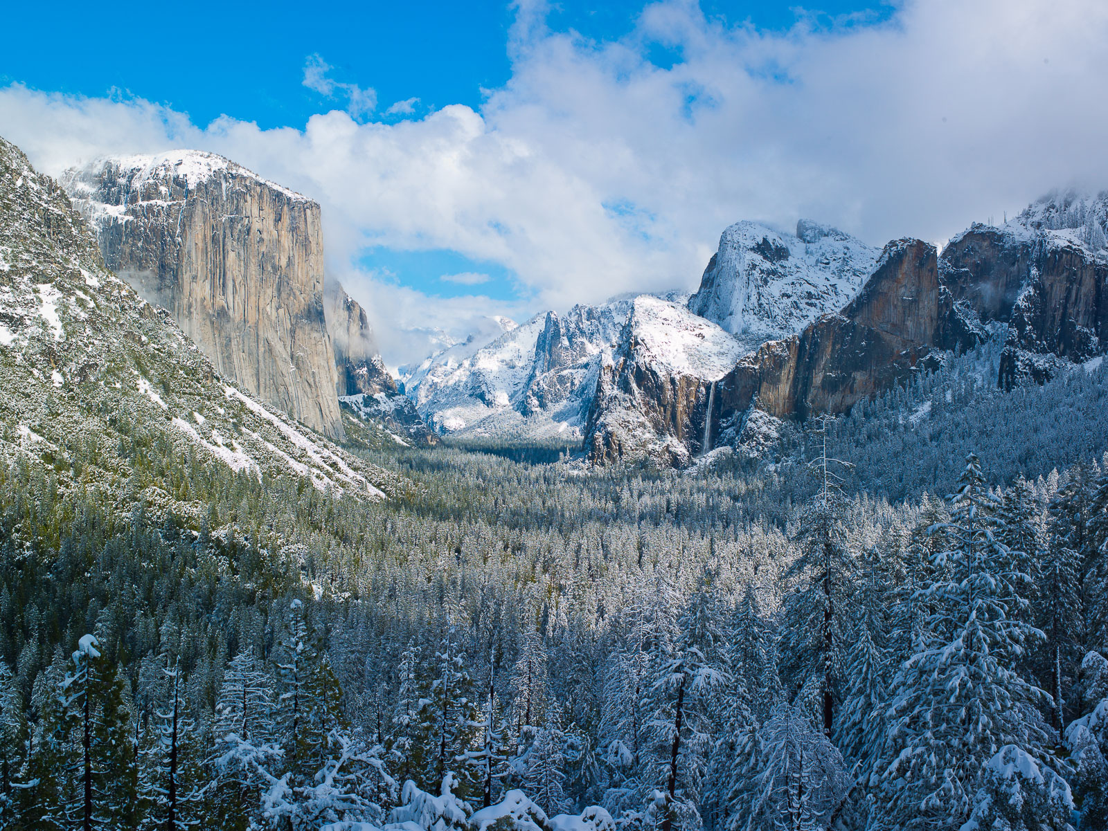 Snowcapped Capitan,California,Horizontal,Mountains,Yosemite National Park,blue,landscape,winter, photo