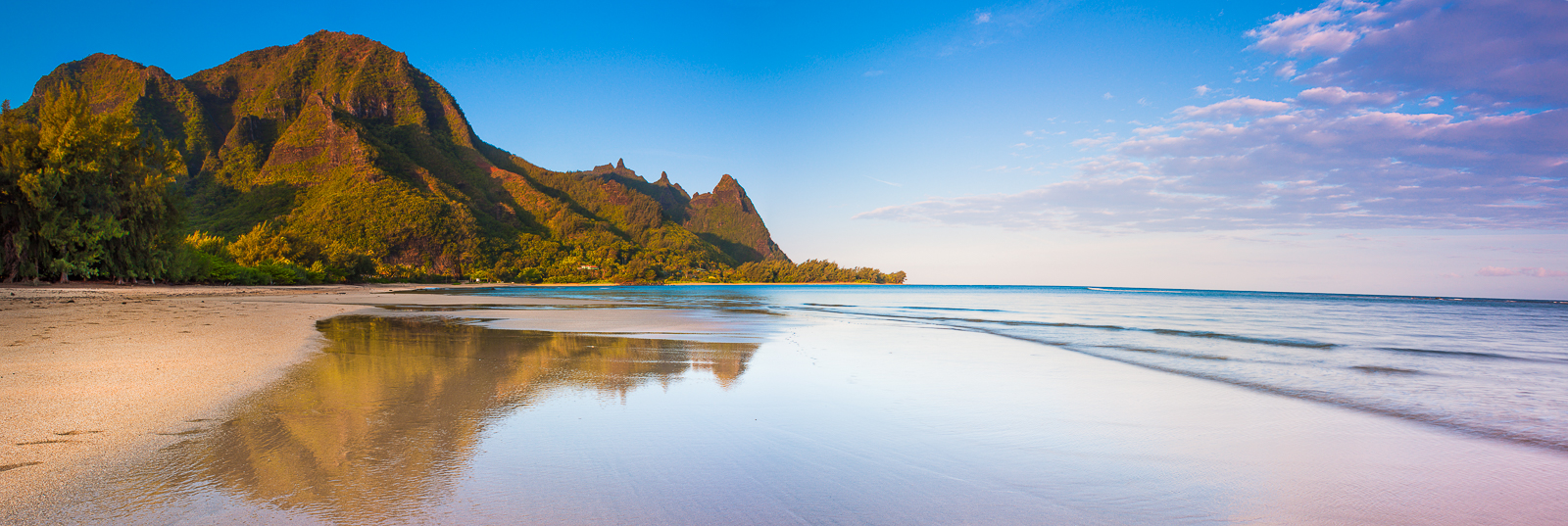 Waiting for Footprints,Kauai Island, Hawaii,Panoramic, water,horizontal, Reflection,Swim, photo