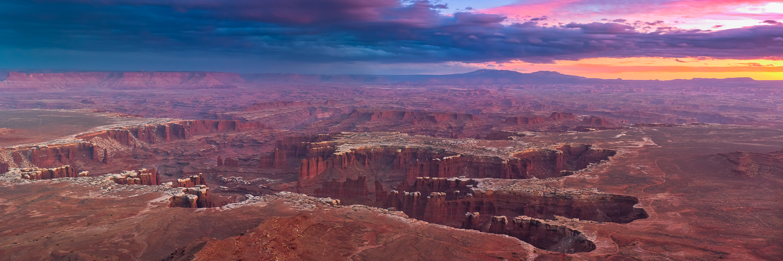 Canyonland Evening Time,Canyonlands National Park,Desert,Horizontal,Orange,Panoramic,Utah,landscape, photo